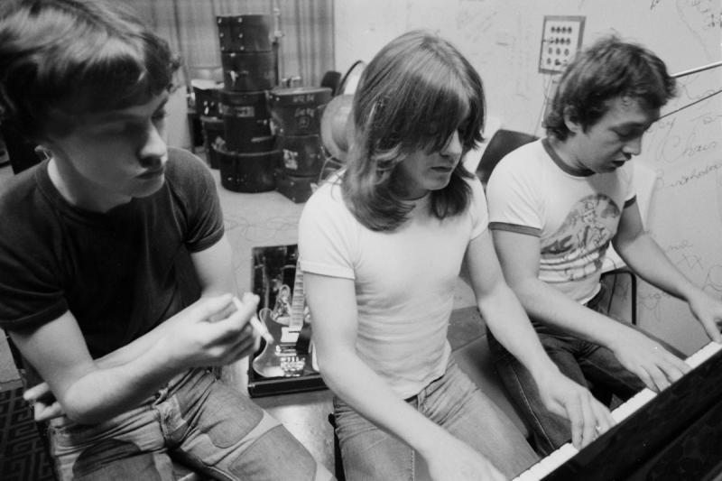 AC/DC 1970s