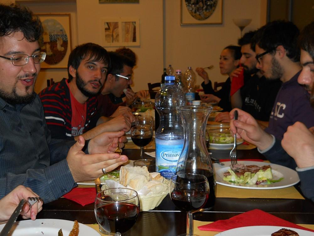 053_-_(La_Padellaccia)_Tavolata.jpg