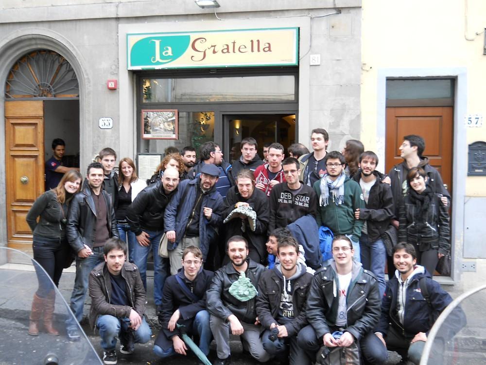 084_-_(La_Gratella)_Foto_di_gruppo.jpg