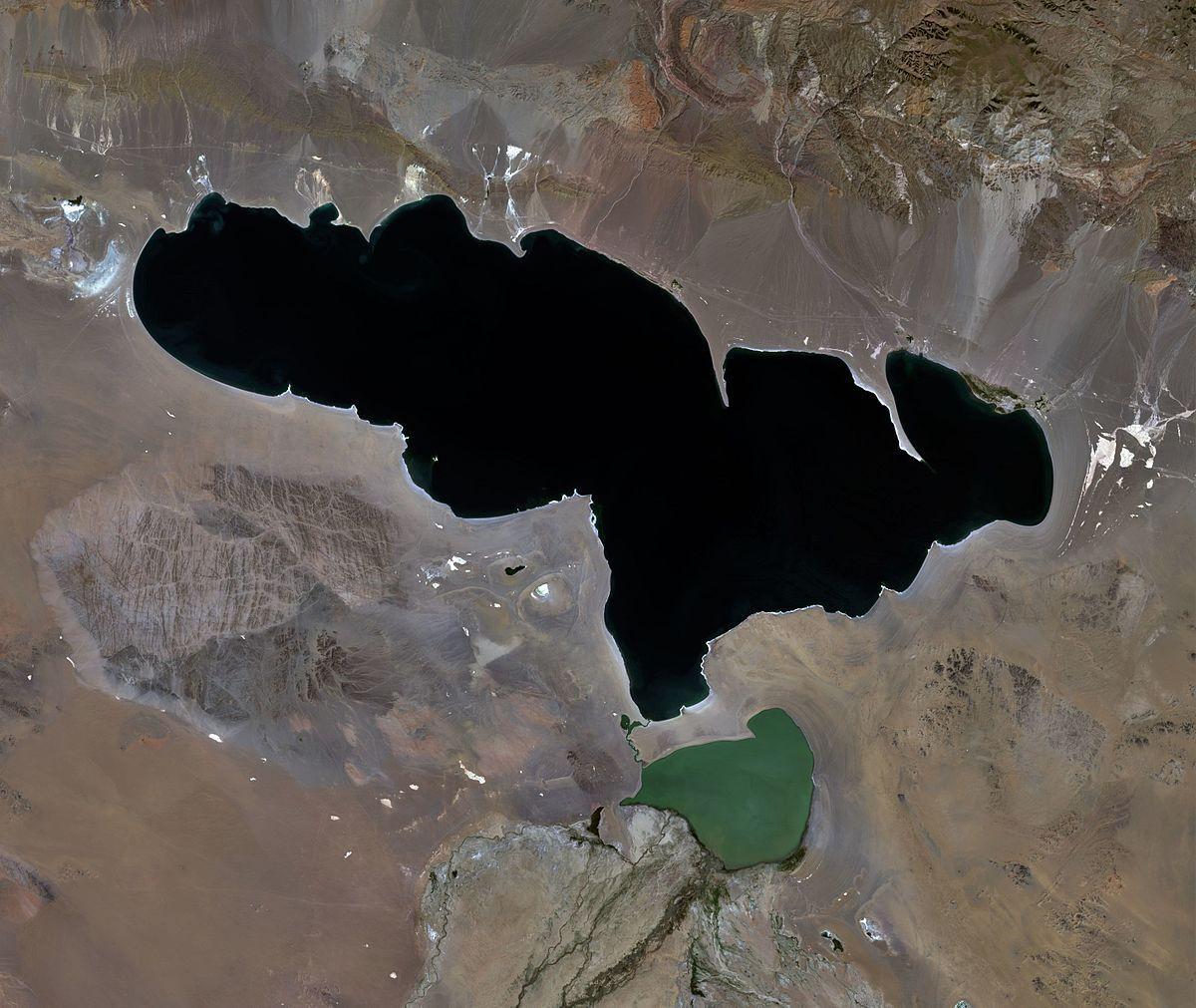 Khyargas_Nuur_and_Airag_Nuur_lakes,_Mongolia,_Landsat_image,_07-28-2015.jpg
