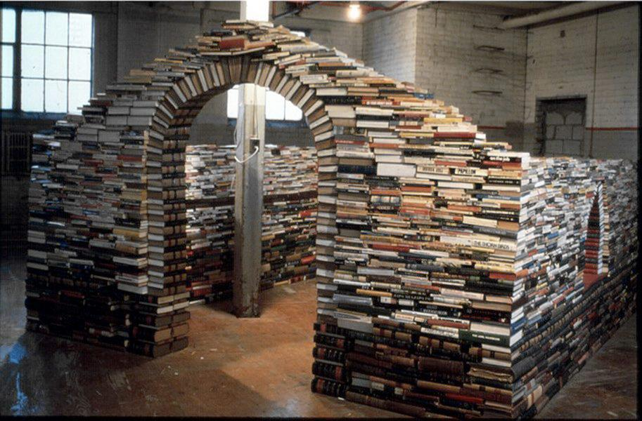 Agganci per le avventure: Buttarsi tra libri (altra storia...)